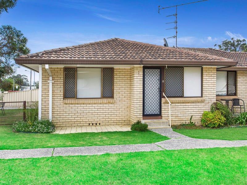 1/4 Lyne Street, Oak Flats, NSW 2529