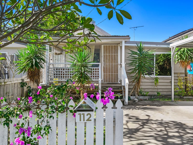 112 Dover Road, Redcliffe, Qld 4020