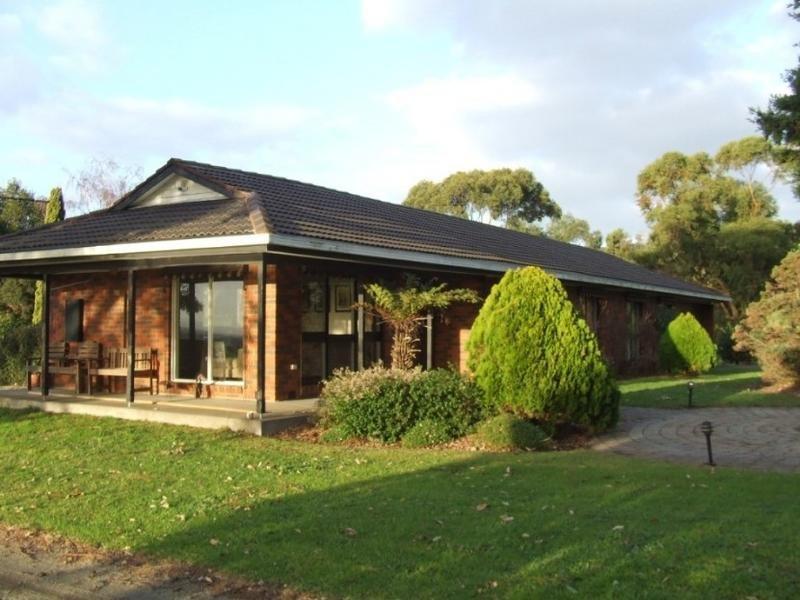 . Haysoms Road, Heath Hill, Vic 3981