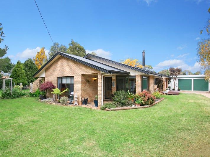 32 Manse Street, Guyra, NSW 2365