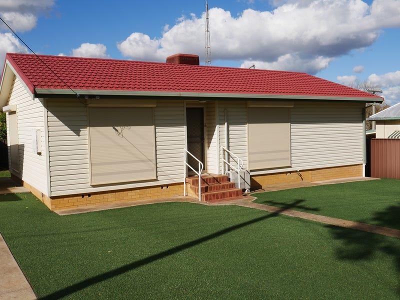 4 Athel Cres, Leeton, NSW 2705