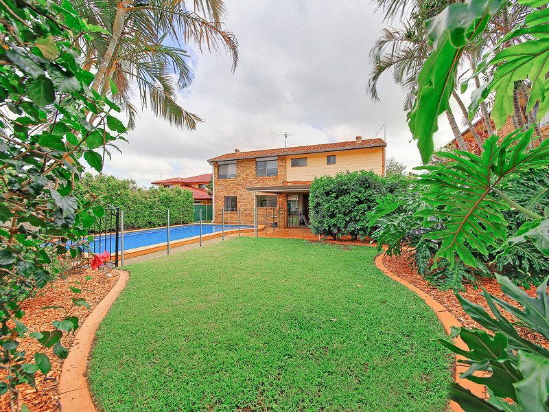 30 Mackerel Street, Manly West, Qld 4179