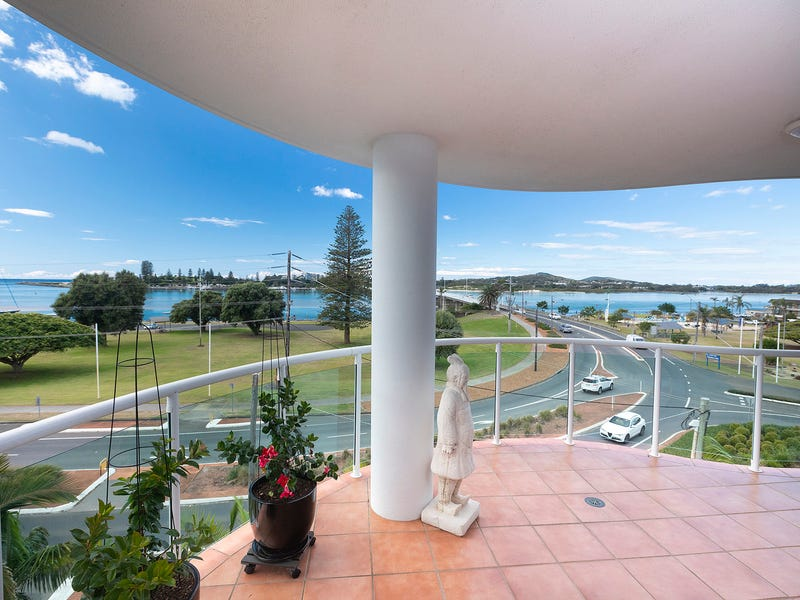 401/6-10 Manning Street, Tuncurry, NSW 2428