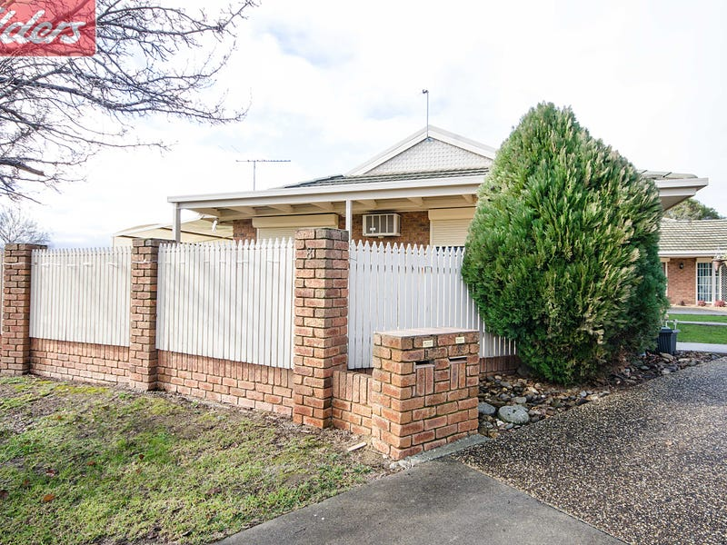 1/8 Lomond Court, Wodonga, Vic 3690
