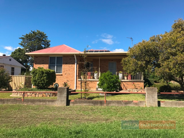 10 Colwell Street, Tumut, NSW 2720