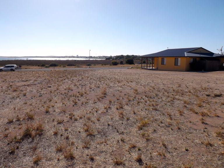 10 Oscar Williams Drive, Streaky Bay, SA 5680