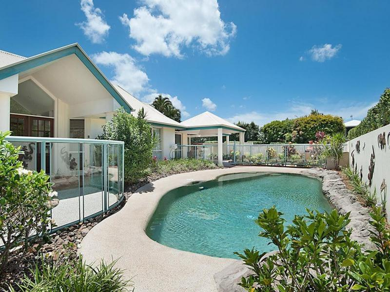 2 Seagull Court, Noosa Waters, Qld 4566