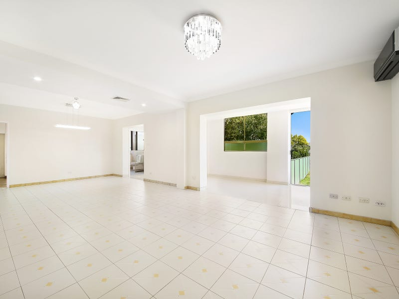 2/104 Cooper Road, Birrong, NSW 2143