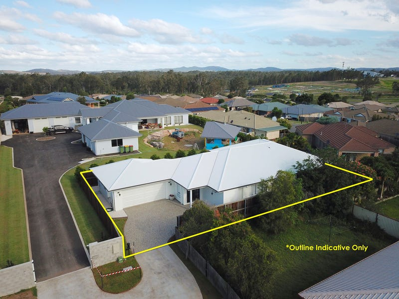 5 Poinsettia Street, Flinders View, Qld 4305
