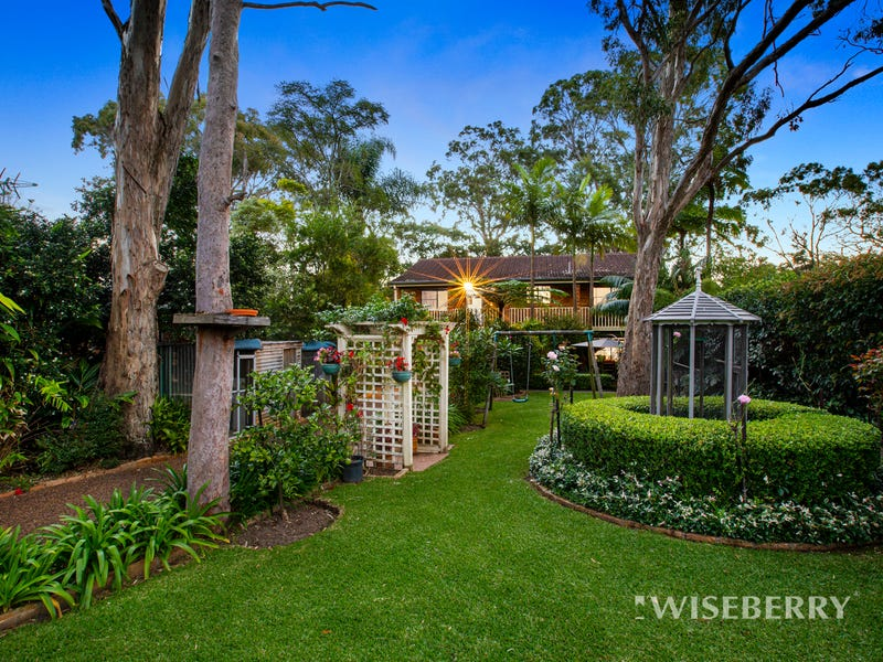 40 Sunset Parade, Chain Valley Bay, NSW 2259