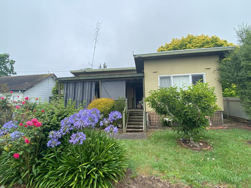 27 Dimora Ave, Camperdown, Vic 3260
