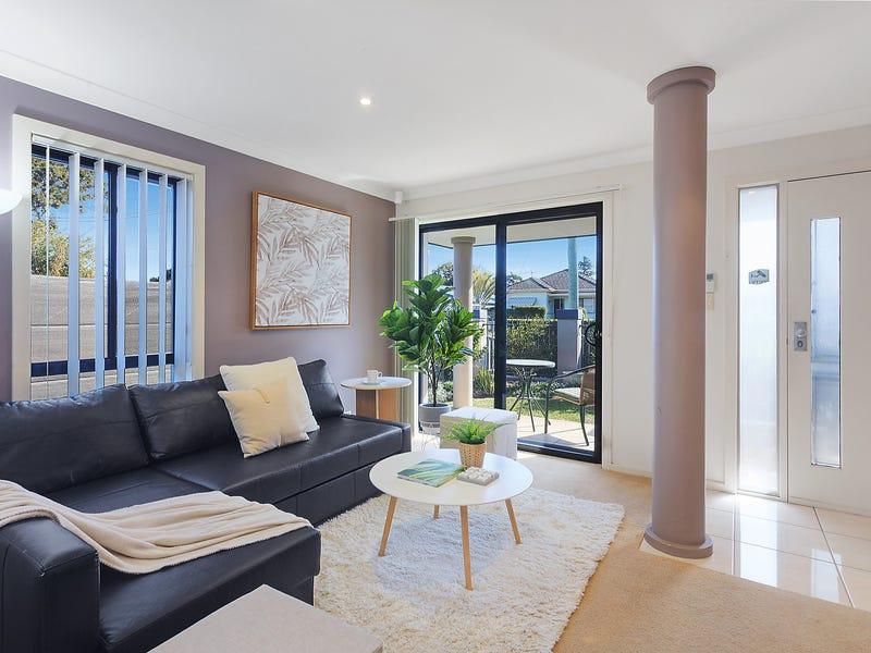 1/2 Pacific Avenue, Ettalong Beach, NSW 2257