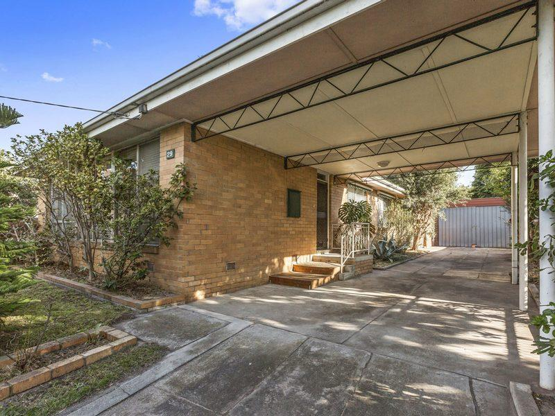 29 Laurina Crescent, Frankston North, Vic 3200