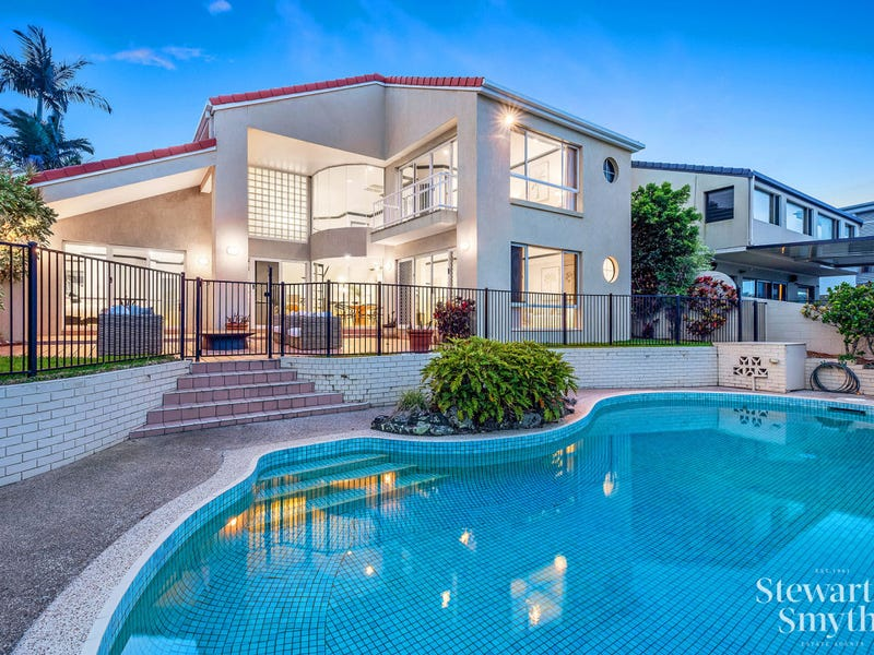 71 Campbell Street, Sorrento, Qld 4217