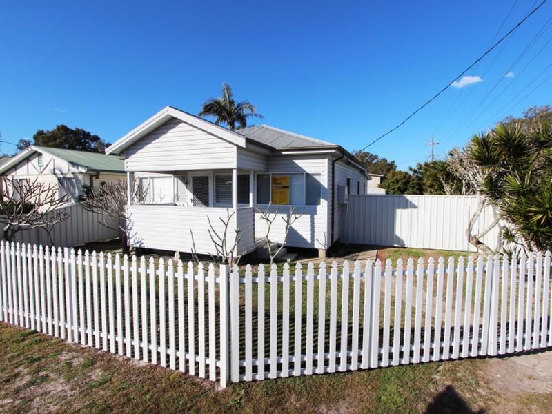 17 Murray Street, Harrington, NSW 2427