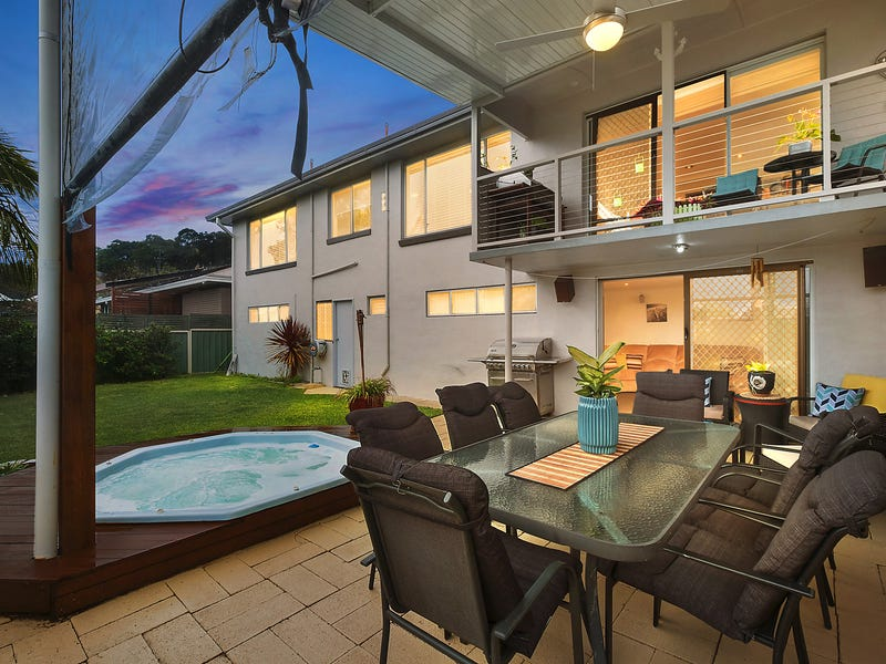 18 Ashford Parade, Merewether Heights, NSW 2291