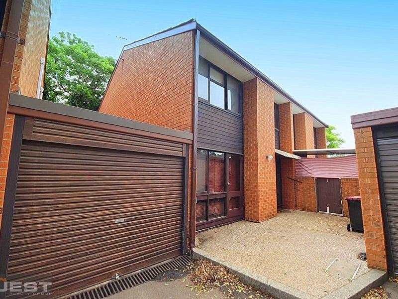 12/8A Chiswick Road, Greenacre, NSW 2190