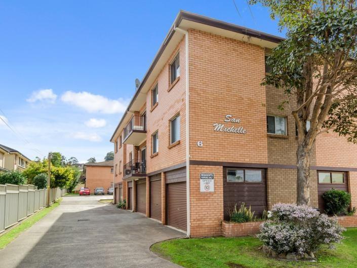 1/6 Mackie Street, Coniston, NSW 2500