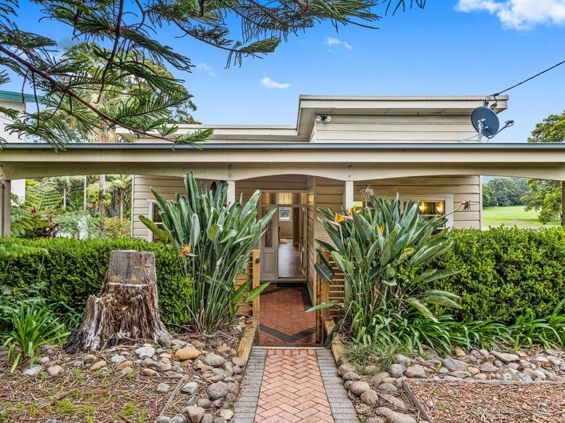 30 Pooraka Avenue, West Wollongong, NSW 2500