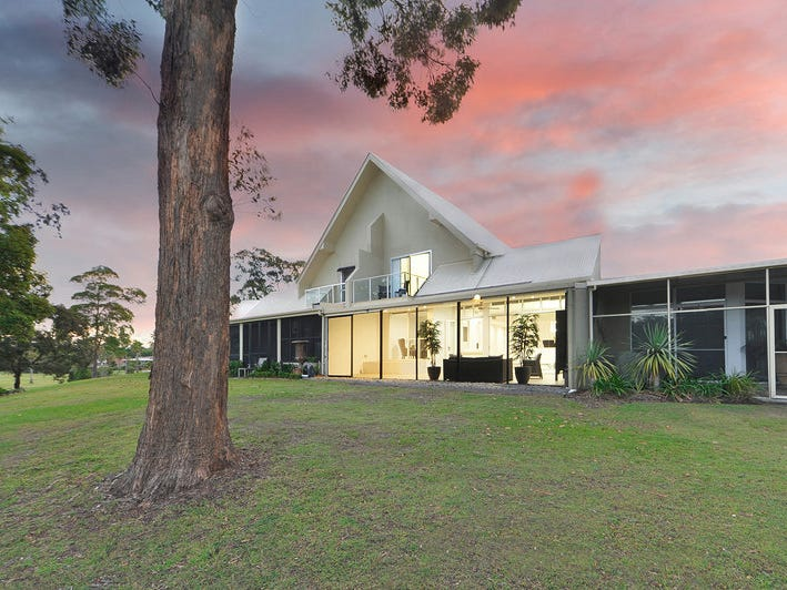 5427 Bay Hill Terrace, Sanctuary Cove, Qld 4212