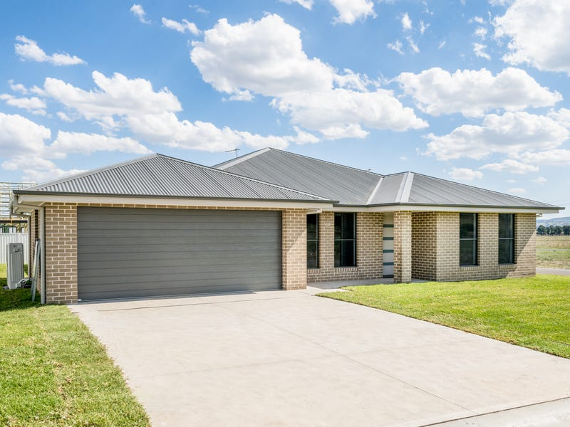 28 Carroll Avenue, Eglinton, NSW 2795