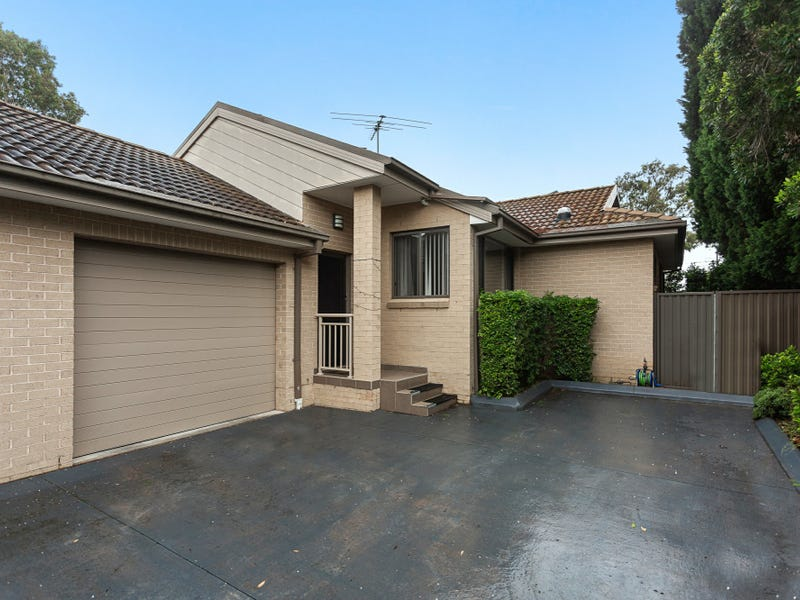 5/755 Henry Lawson Drive, Picnic Point, NSW 2213