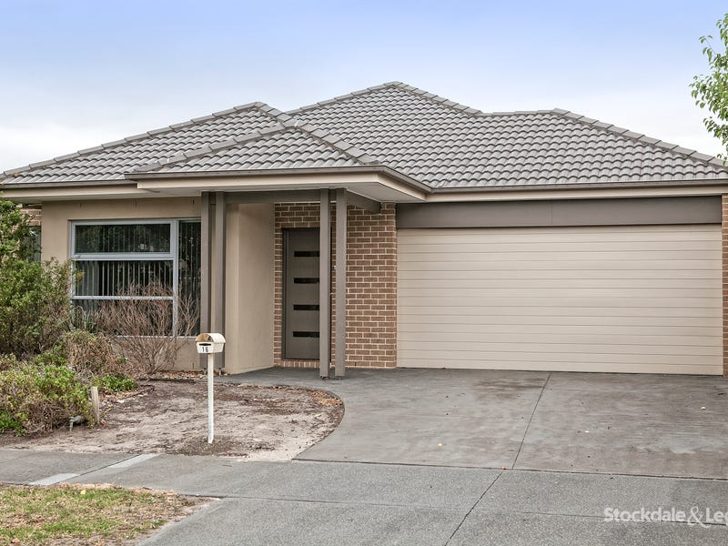 16 Camdolle Close, Pakenham, Vic 3810