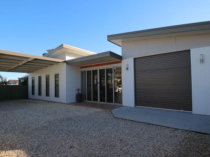 18 Glacken Street, Harrington, NSW 2427