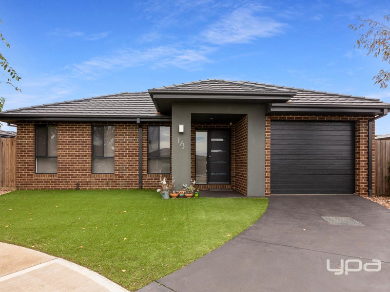 1/3 The Grove, Melton West, Vic 3337