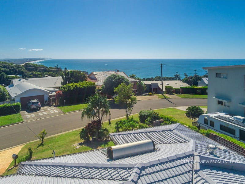 6 Lang Street, Coolum Beach, Qld 4573