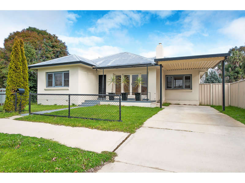 327 Macauley Street, South Albury, NSW 2640