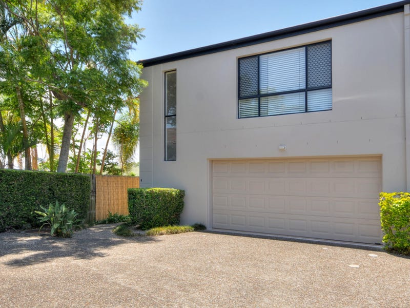 4/73 Pohlman Street, Southport, Qld 4215