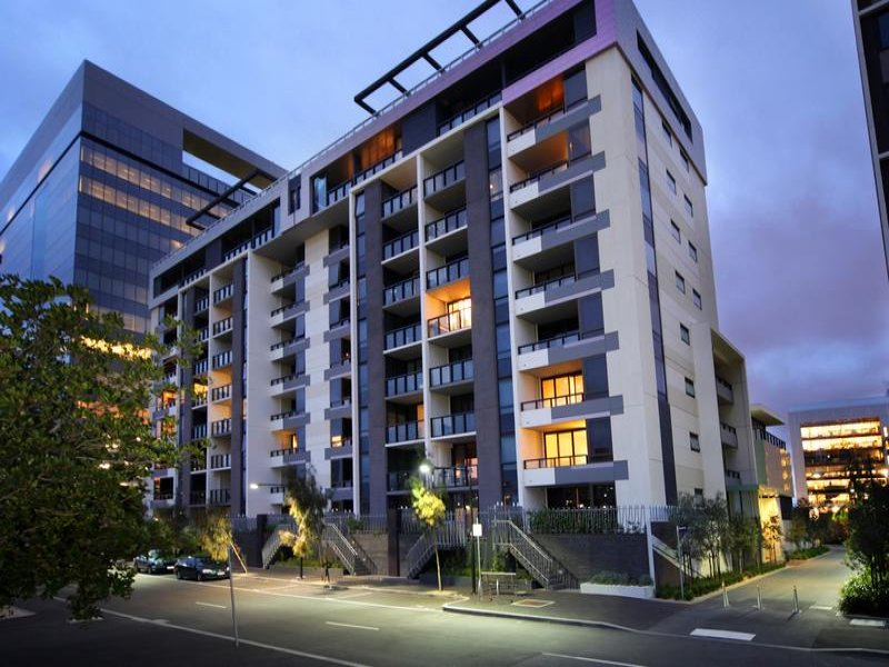 805/1 Encounter Way, Docklands, Vic 3008