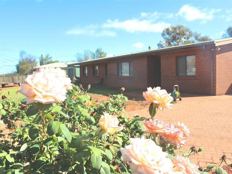19 lamrock street, Cobar, NSW 2835