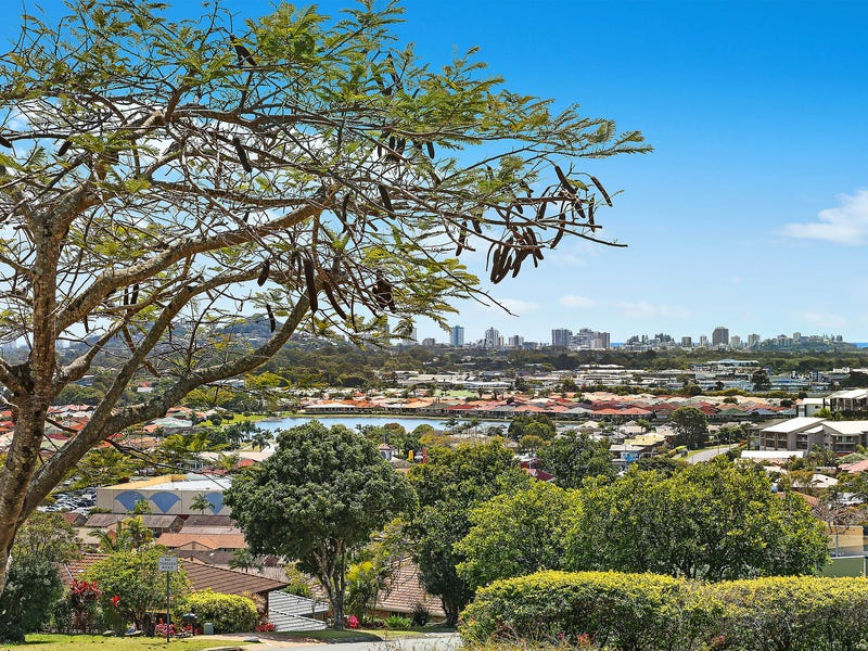 34 Castlecrag Avenue, Banora Point, NSW 2486