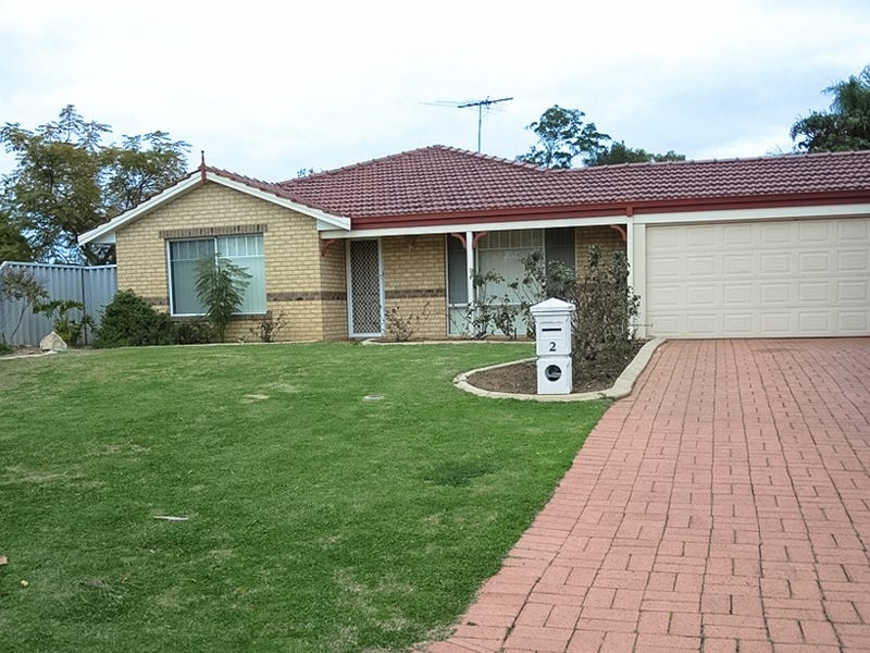 2 St Annes Tce, Meadow Springs