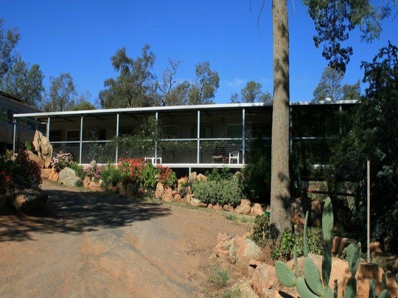 12 Traegers Lane, Temora, NSW 2666