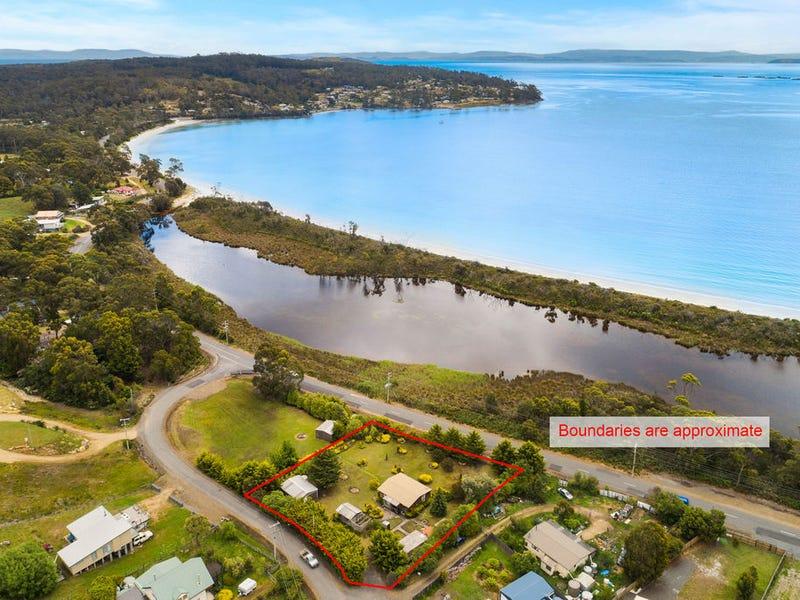 11 Lagoon Road, White Beach, Tas 7184