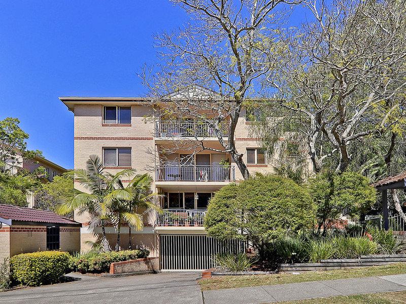 6/12  Linda Street, Hornsby, NSW 2077