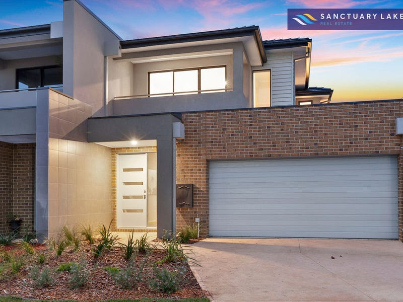 3/5 Greg Norman Drive, Sanctuary Lakes