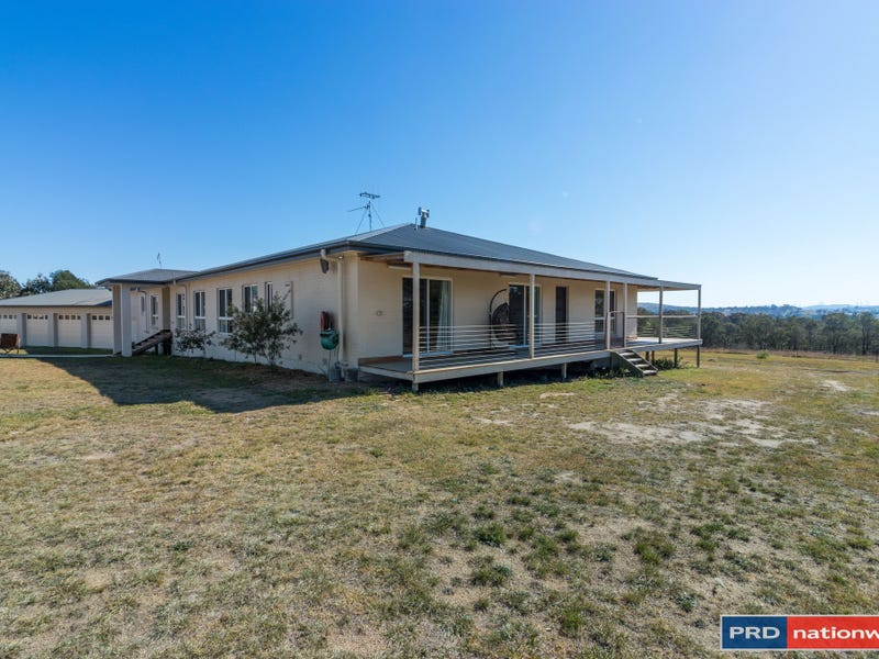 12 Malua Lane, Mount Fairy, NSW 2580