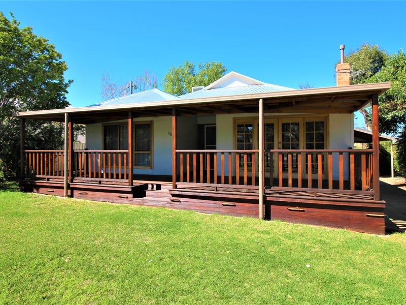 18 Edmondson Avenue, Griffith, NSW 2680