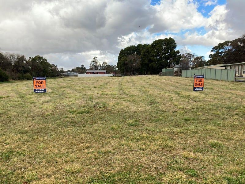 153-155 Malpas Street, Guyra, NSW 2365