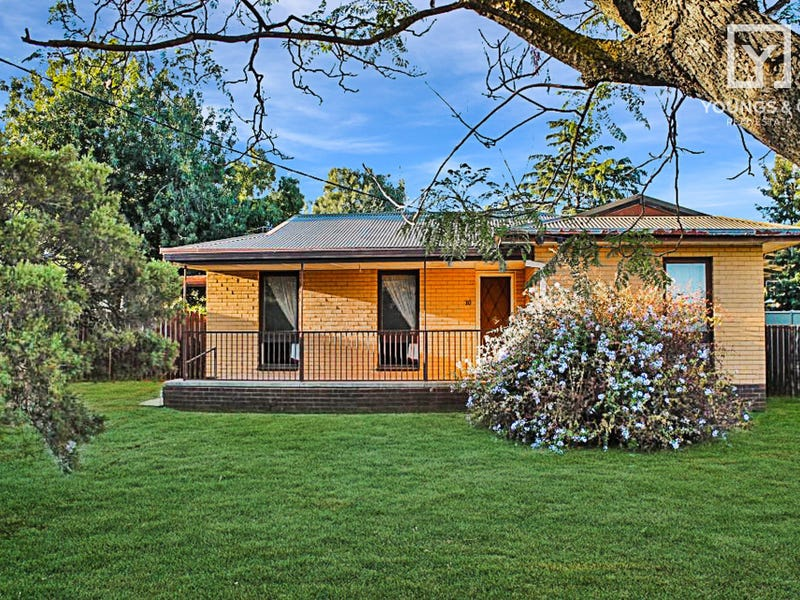 10 Queen St, Dookie, Vic 3646