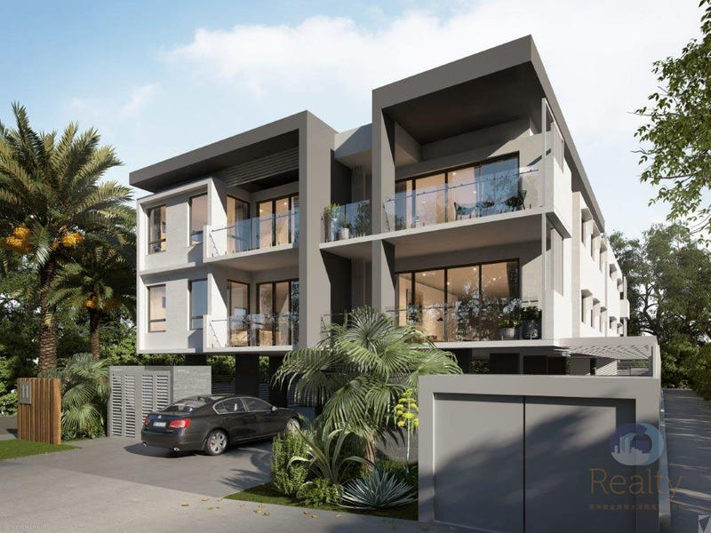 2/11 Anne Street, Southport