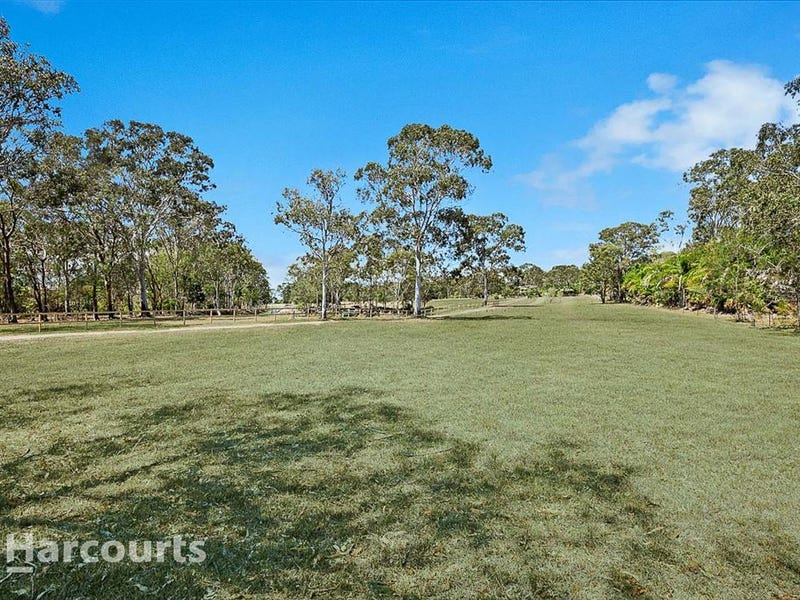 58 Shore Road East, Booral, Qld 4655