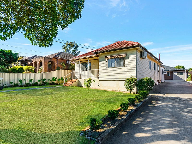 16 Barton Street, Smithfield, NSW 2164
