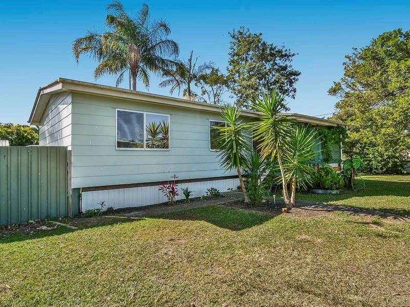 16 Shirley Street, Caboolture, Qld 4510