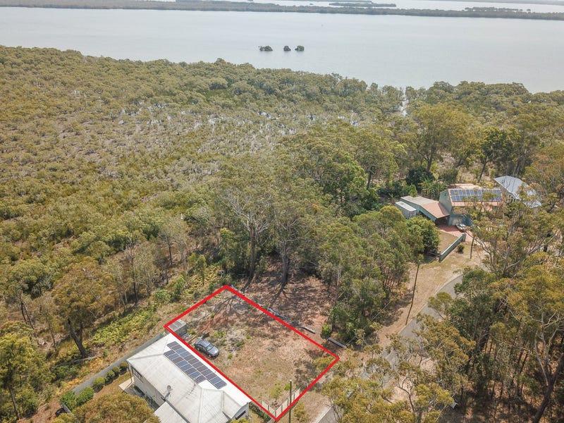 32 Deenya Pde, Russell Island, Qld 4184