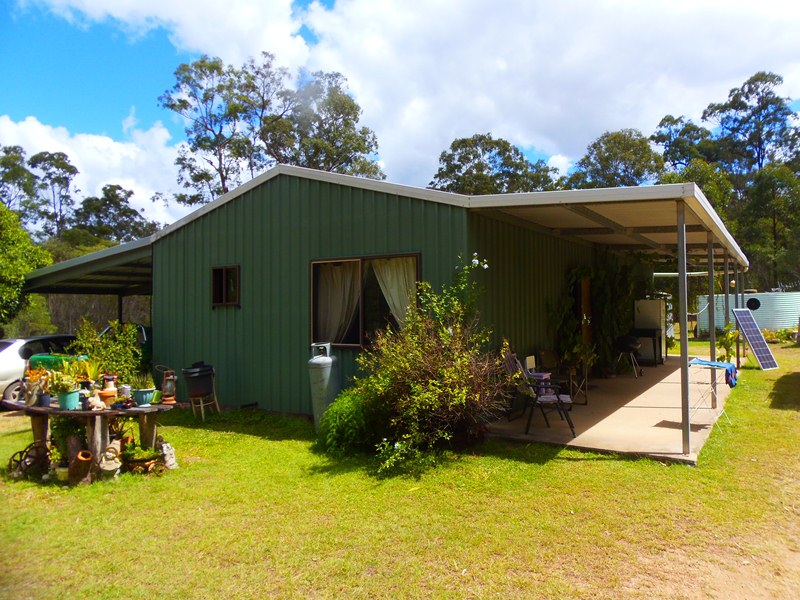 251 Paterson Road East, Paterson, Qld 4570
